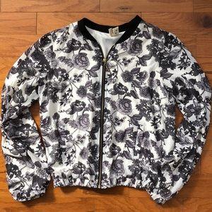 Thin bomber jacket